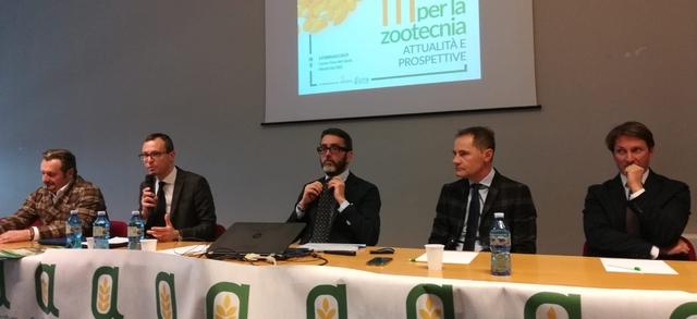 """""""Non coltivare più mais in Italia significa dare un colpo mortale alla nostra zootecnia: puntiamo su ricerca ed innovazione"""""""